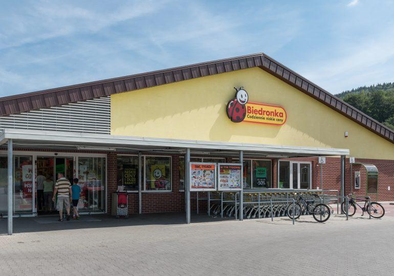 Ranking sklepów spożywczych: Biedronka na czele, ale traci klientów