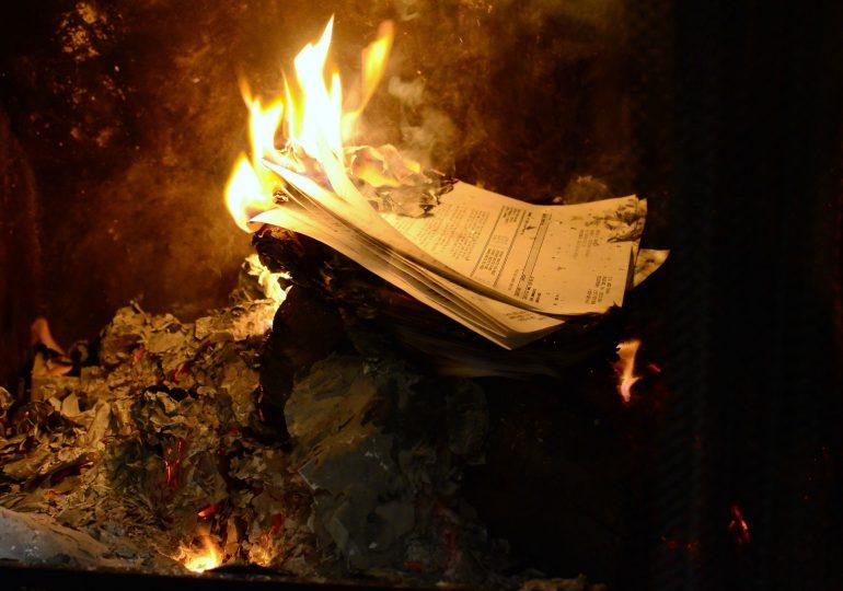 Spalone dokumenty - kiedy musisz je odtworzyć?