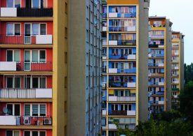 Pekao: do 2021 roku ceny mieszkań mogą spadać, później zaczną rosnąć
