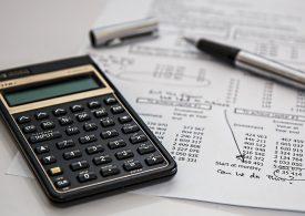 Jak wybrać dobry kredyt gotówkowy? Najważniejsze parametry oferty