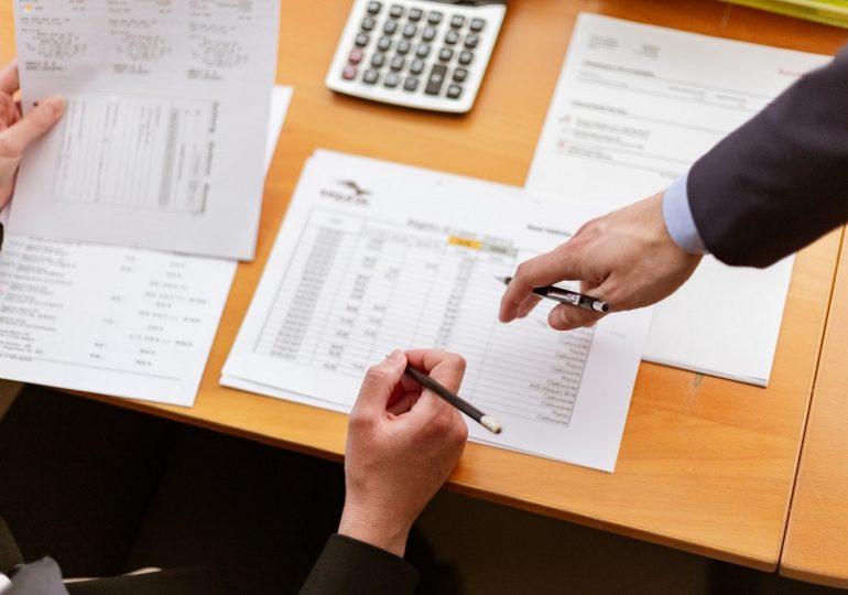 Czym są pracownicze plany kapitałowe i czy warto z nich korzystać?