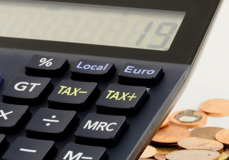 Jak rozliczyć podatek za pracę za granicą?